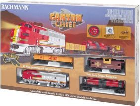 HO CANYON CHIEF FREIGHT TRAIN