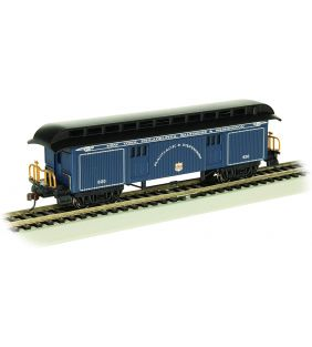 bachmann_ho-old-time-baggage-bo-passenger-car_01.jpg