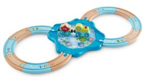 UNDERSEA FIGURE 8 TRAIN SET
