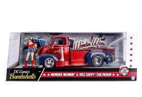 1/24 '52 CHEVY PICKUP W/WONDER