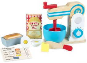 WOODEN MAKE-A-CAKE MIXER SET
