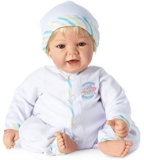 madam-alexander_sweet-baby-19-light-blue-blonde_01.jpg