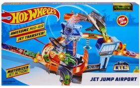 HW JET JUMP AIRPORT PLAY SET #