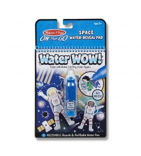 melissa-doug_water-wow-on-the-go-space-astronaut_01.jpg