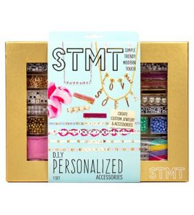 stmt_diy-personalized-accessories_01.jpeg